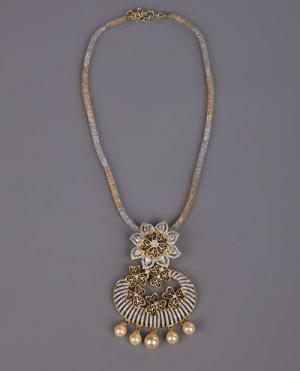 laality-uk-aliya-gold-necklace-set-accessories