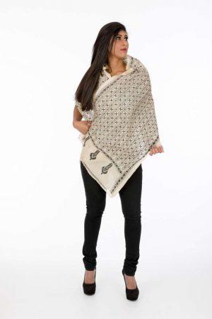 laality-uk-black-&cream-textured-scarf-scarves-uk