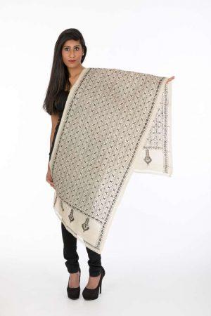 laality-uk-black-&cream-textured-shawl-stoles-uk