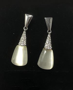 laality-uk-pearl-drop-earrings-accessories-uk