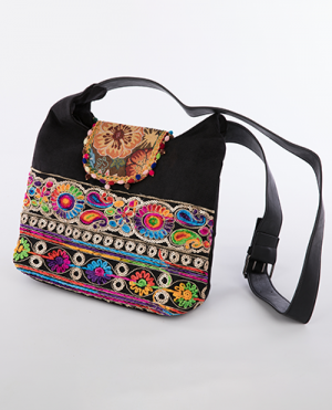 laality-uk-embroidered-shoulder-bag-accessories