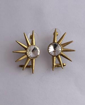 laality-uk-semi-star-earrings