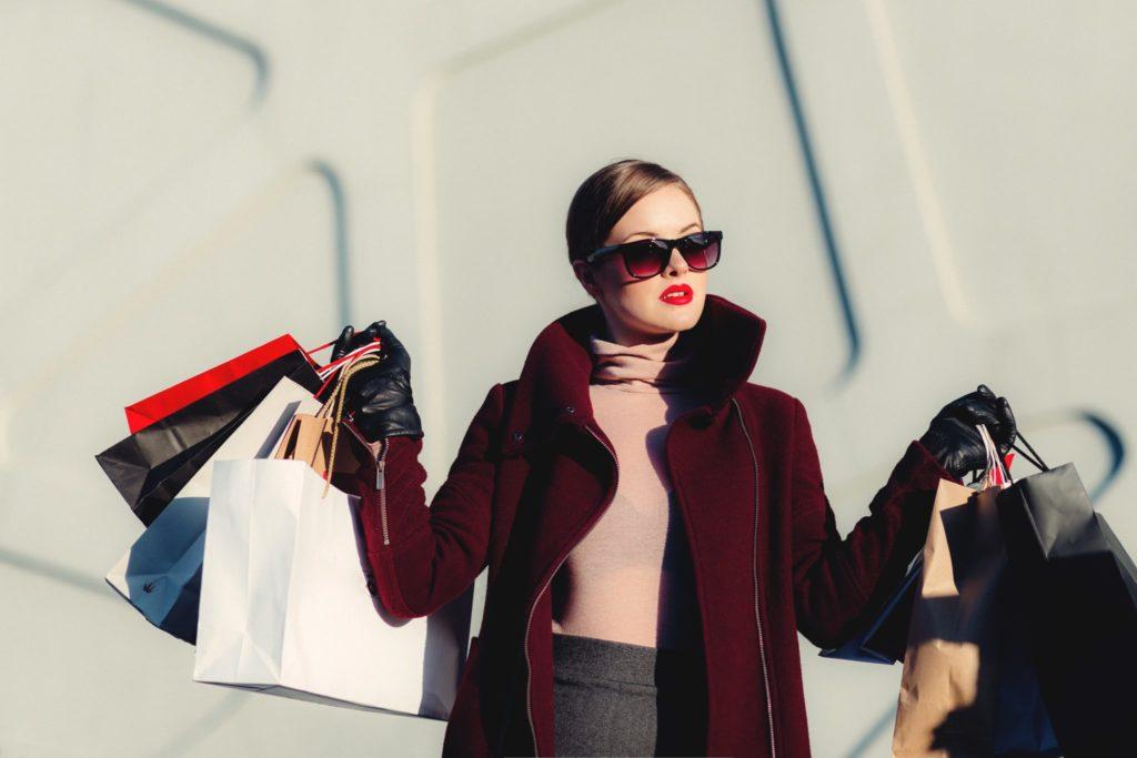 fast fashion shopping